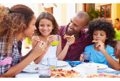 Restaurant Manners: How to Enjoy Eating Out with Kids