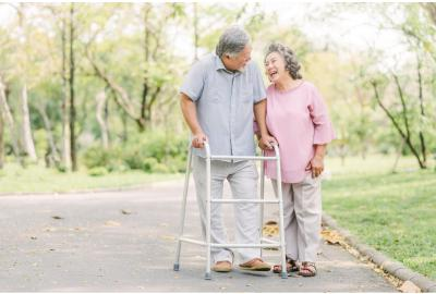 Walker vs. Rollator: How to Choose the Best Walking Aid for You
