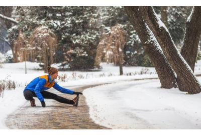 Warm Up When It's Cold Out: Why Stretching Is Important