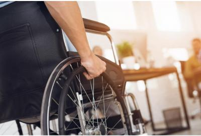 What's the Difference Between a Wheelchair & Transport Chair?