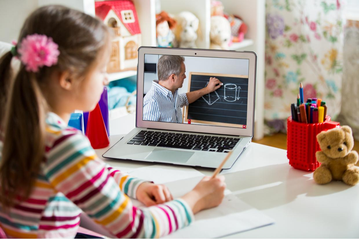 How to Decide Between In-Person vs. Remote E-Learning During COVID-19 & More Tips
