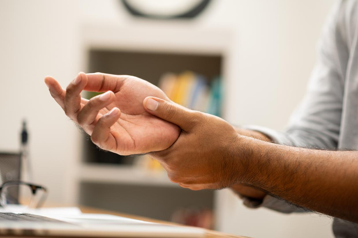 6 Easy Exercises for Carpal Tunnel Syndrome