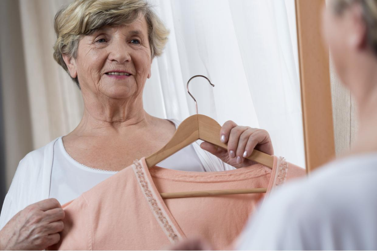 The 7 Best Dressing Aids for Seniors