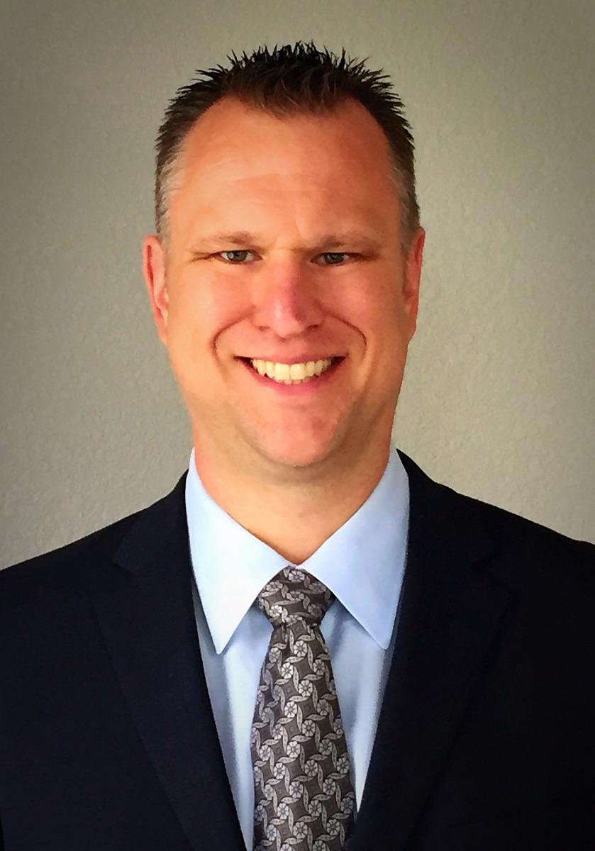 Headshot of Shawn Burger, DPT, MBA, CSCS
